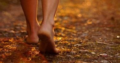 Martí, y los pies desnudos