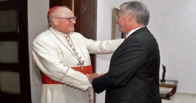 El Presidente de Cuba Miguel Dias Canel recibe al Arzobispo de Nueva York