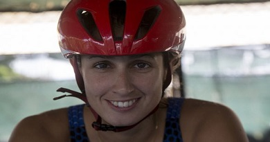El entrenamiento en casa de la triatleta cubana Leslie Amat