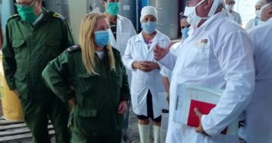 Presidenta del Consejo de Defensa recorre centros de industria alimentaria y pesca en Villa Clara