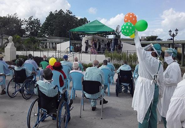 hogar-ancianos-santa clara
