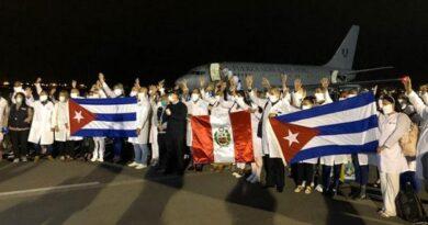 Brigada médica cubana llegó a Perú a luchar contra la Covid-19