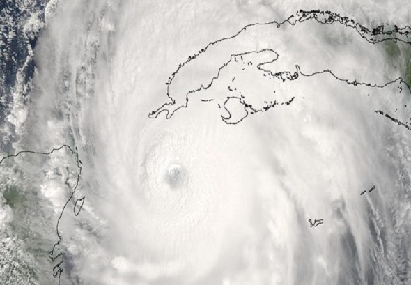huracán-iván-nasa